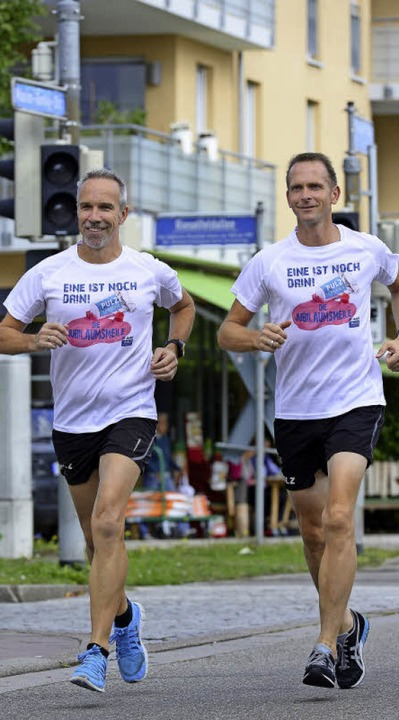 Georg Supp (links) und Wolfgang Schoch... die Rieselfelder noch einmal rennen.   | Foto: Ingo Schneider