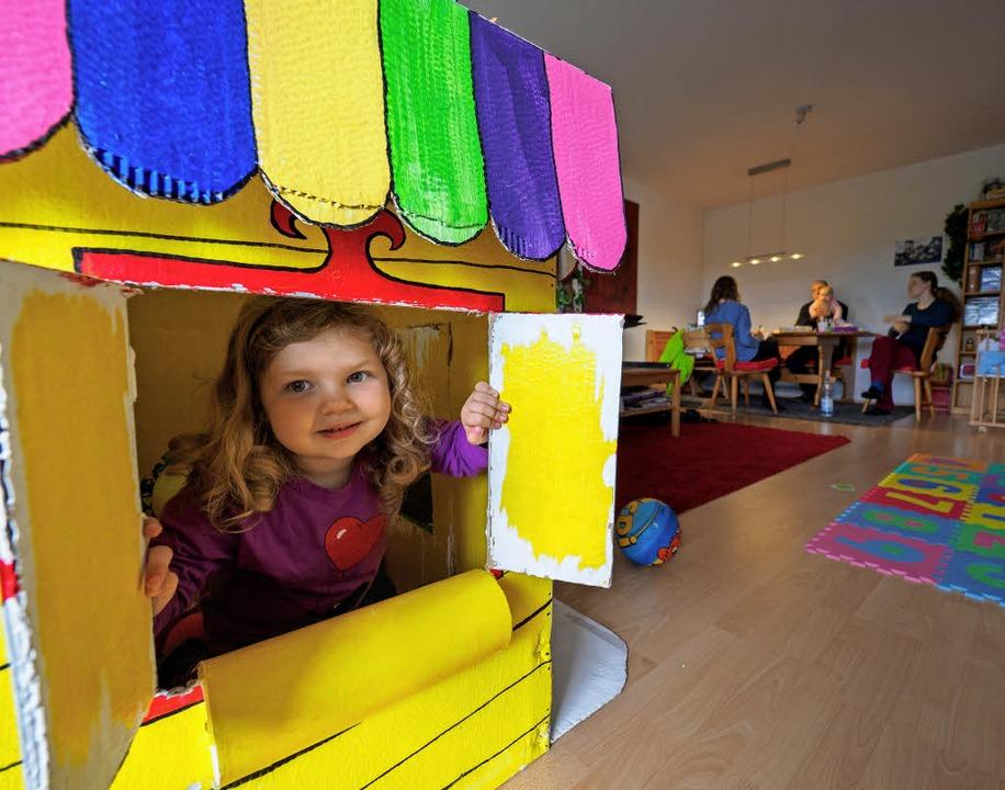 Ein Haus im Haus – genug Platz dafür wünschen sich viele Familien.     Foto: Nicolas Armer, Mascha Brichta (dpa)