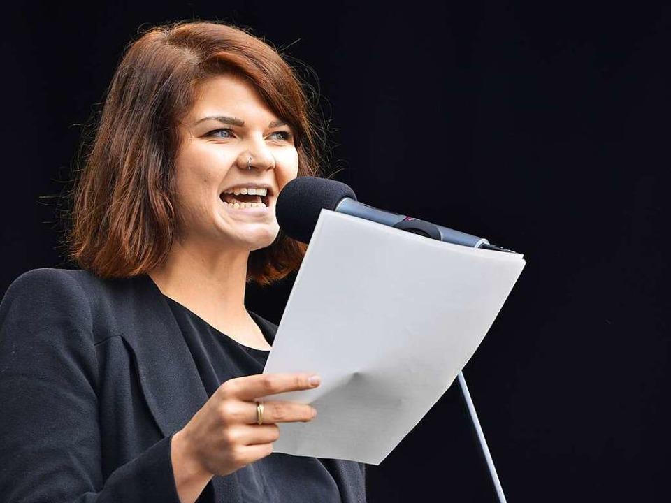 Poetry-Slammerin Sophie Passmann forderte von der SPD mehr Punk.  | Foto: Michael Bamberg