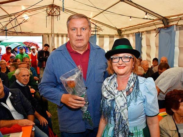 Bier und Wein gehören zum Hertener Herbst. Auch ein verregneter Abend konnte die Freude der Besucher und Veranstalter nicht trüben.