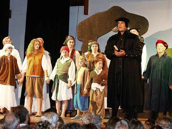 Martin Luther, gespielt von Christian Peter Hauser
