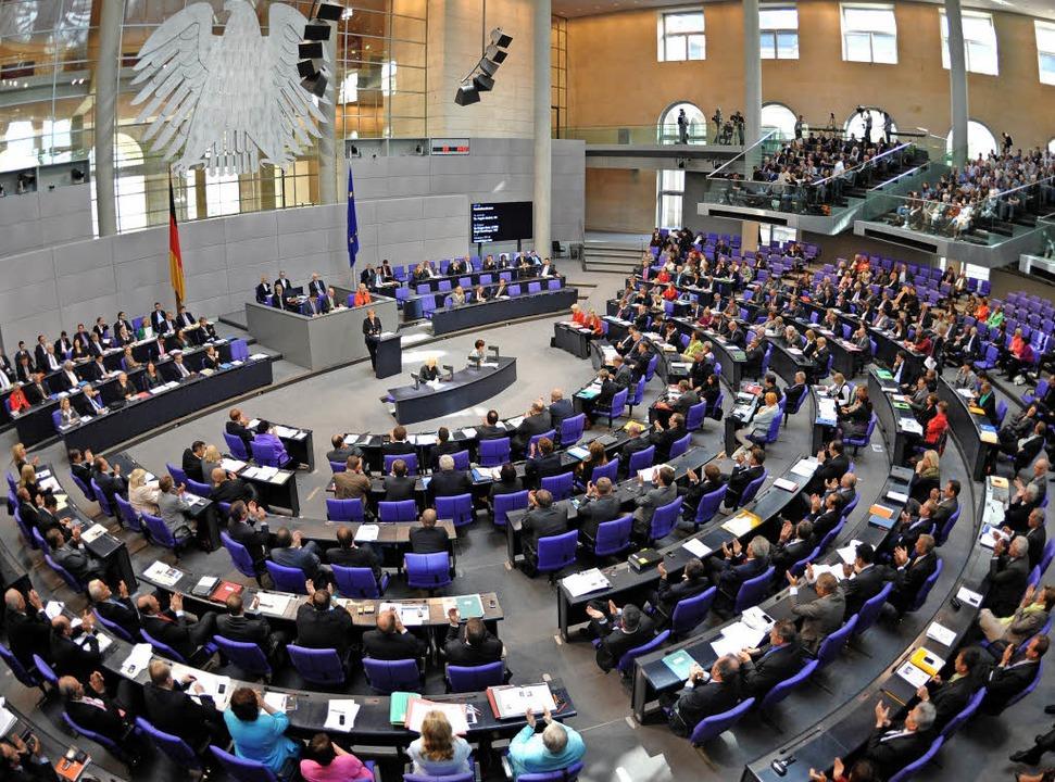 Am 24. September wird der Bundestag ne...enschen können daran nicht teilnehmen.  | Foto: dpa