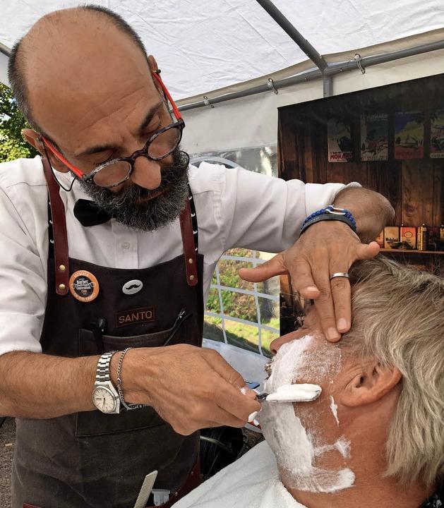 Das Handwerk der Barbiere stand gestern im Mittelpunkt des Heimattages.  | Foto: Markus Zimmermann