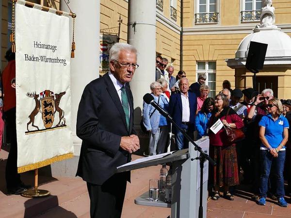 Ministerpräsident Winfried Kretschmann reflektiert in seiner Ansprache den Begriff Heimat.