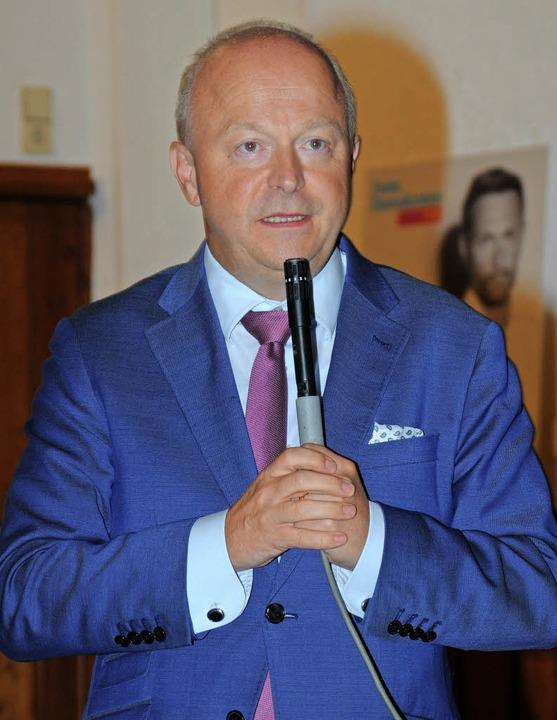 Michael Theurer spricht in Ortenberg   | Foto: lö
