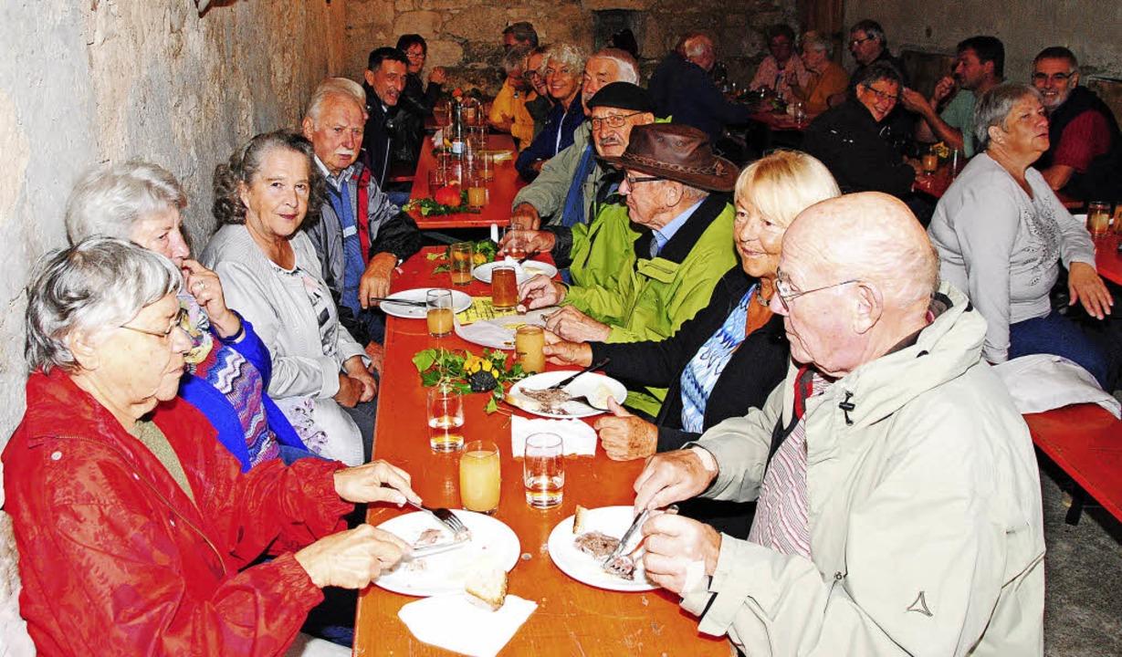 Haltingens Winzerfest bietet in urigem...eit bei Suppenfleisch und neuem Wein.   | Foto: Sedlak