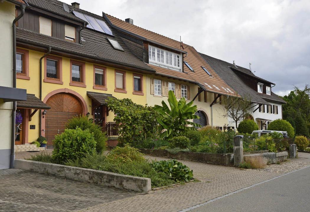 Der dörfliche Charakter  soll in der Oberen Dorfstraße erhalten bleiben.   | Foto: Horatio Gollin