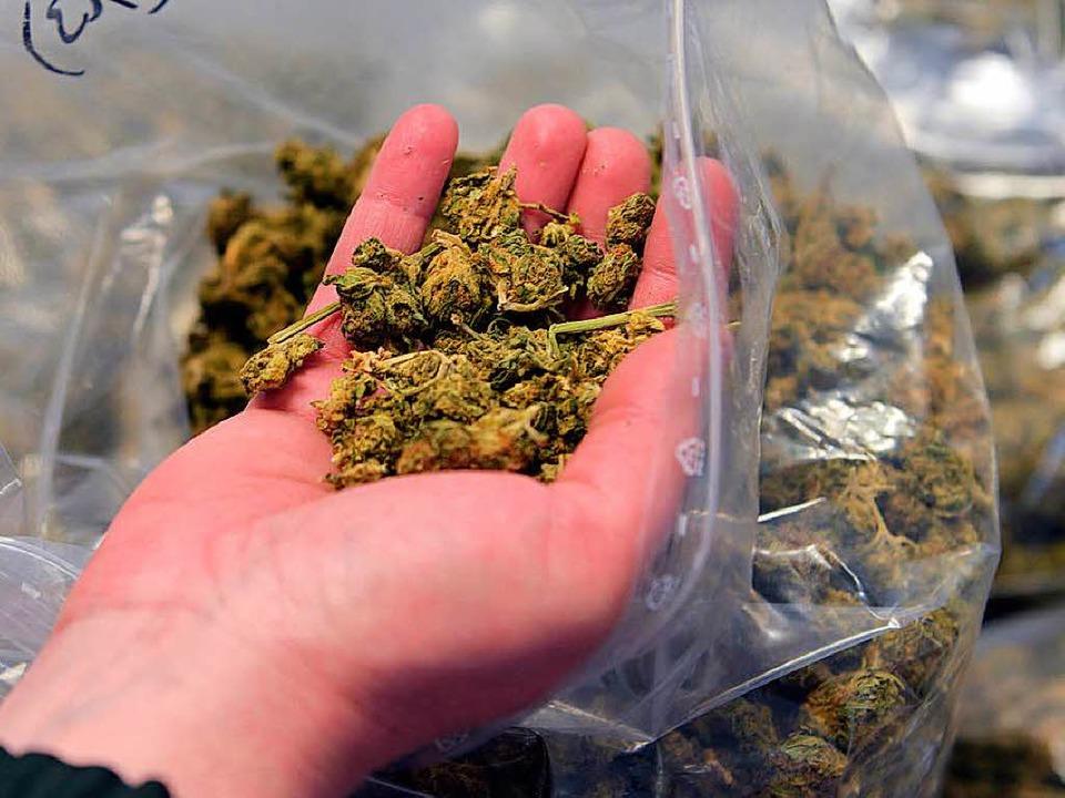 Mit 90 Gramm Marihuana in der Tasche h...in Bad Säckingen gemacht (Symbolbild).  | Foto: dpa