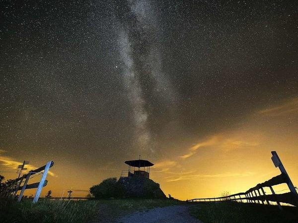 Sternenhimmel und Milchstraße über dem Kandel (Kandel)