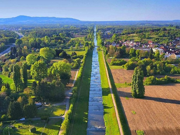 Luftaufnahme von der Dreisam (Freiburg)