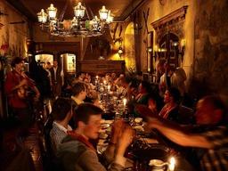 Einmal speisen wie ein echter Ritter – Das alemannische Rittermahl im Europa-Park