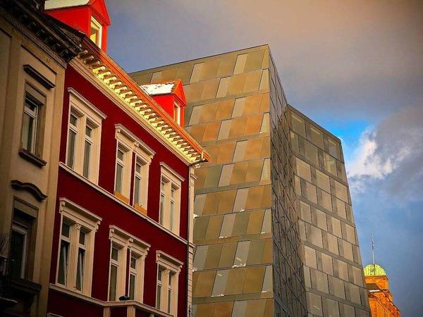 3 verschiedene Baustile in einer Reihe (Freiburg)