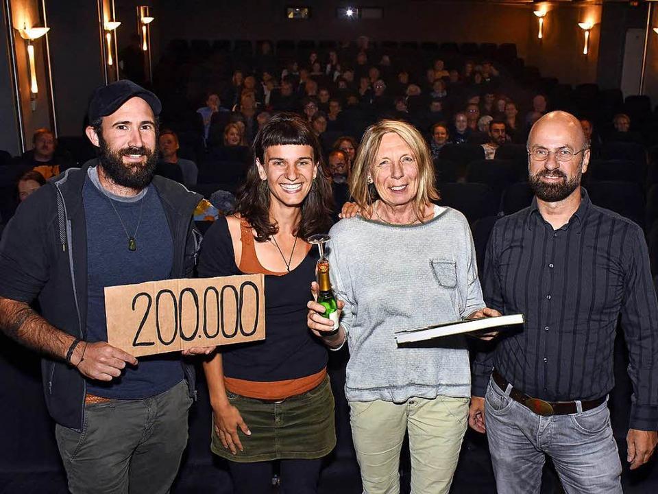 Patrick Allgaier und Gwen Weisser, fre...bau-Kinos, über den Erfolg ihrer Doku.  | Foto: Thomas Kunz