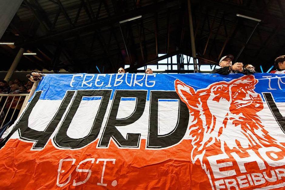 Auftakt gelungen: Der EHC Freiburg bezwingt den EHC Bayreuth im ersten Saisonspiel. (Foto: Patrick Seeger)