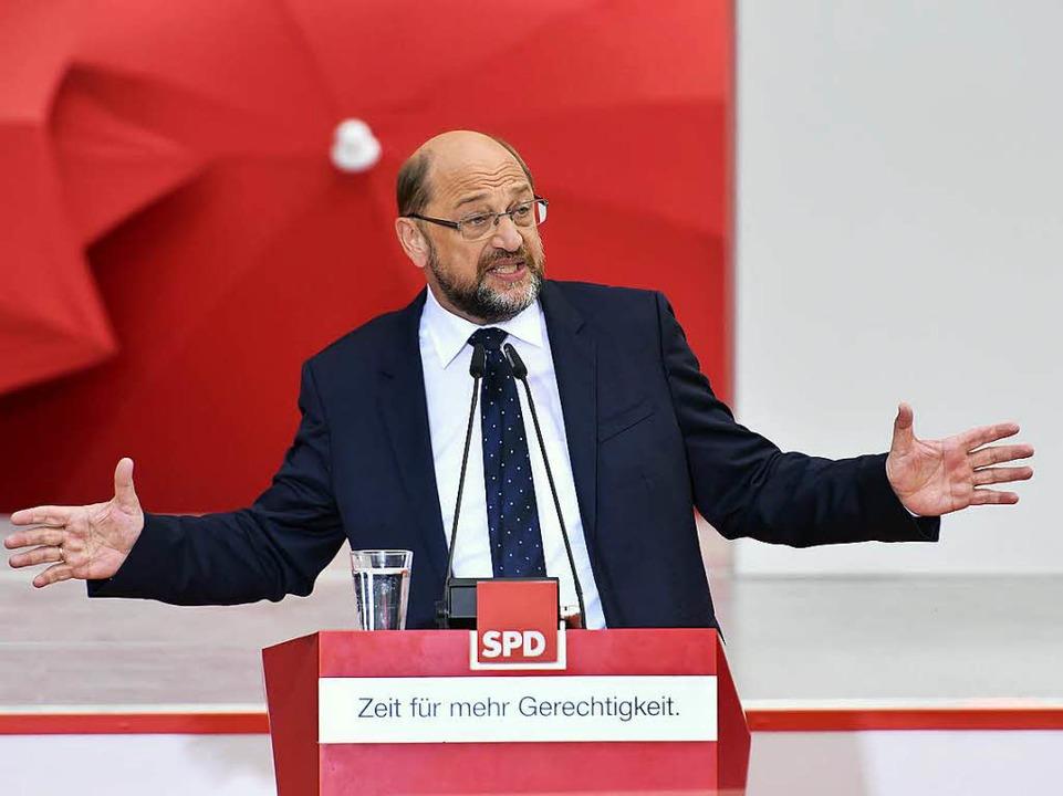 Martin Schulz am Rednerpult    Foto: Thomas Kunz