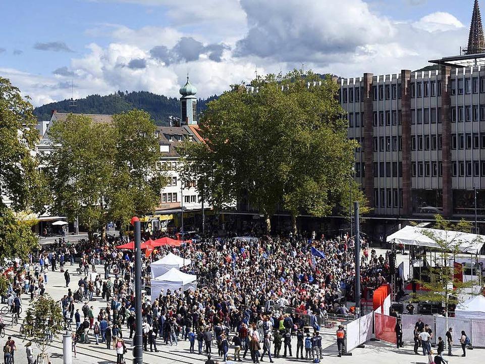 Laut Polizei sahen 4500 Menschen den Auftritt von Martin Schulz.    Foto: Thomas Kunz