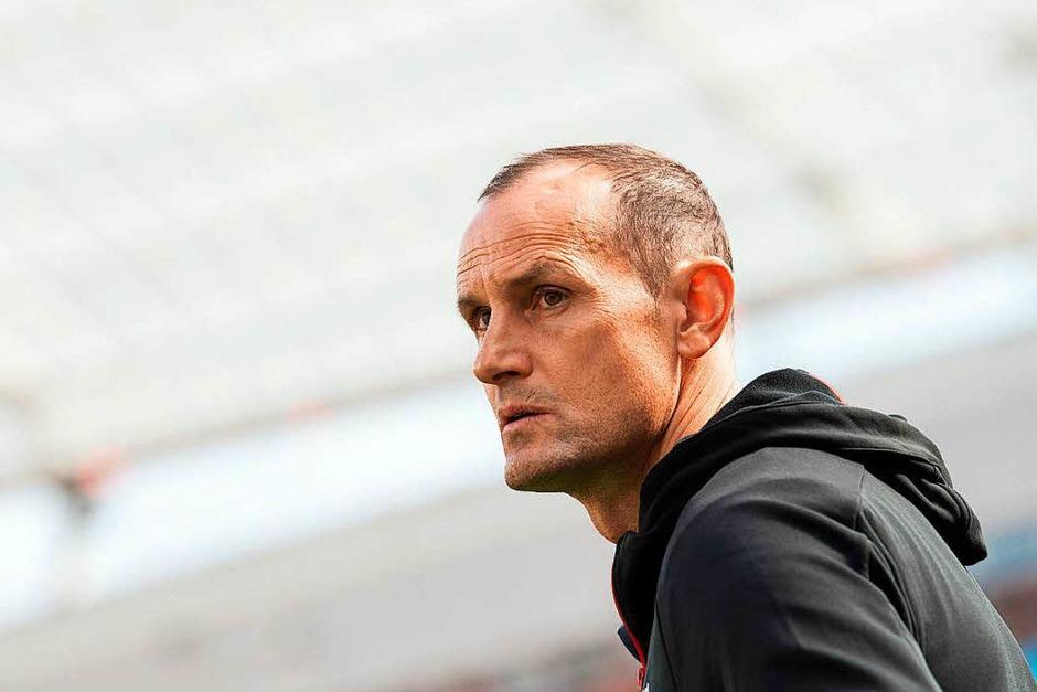 Leverkusen-Trainer Heiko Herrlich stand nach en vergangenen Spielen unter Druck. (Foto: dpa)