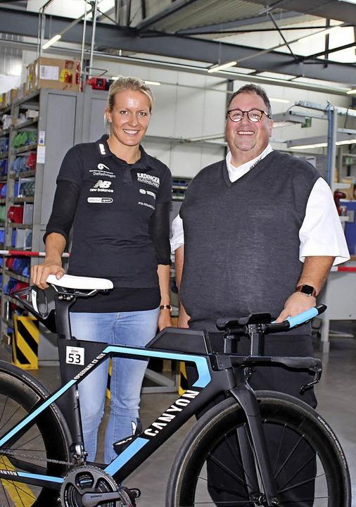 Zu Gast bei AHP Merkle war Triathletin...esucher  über ihren Sport informierte.  | Foto: Mario Schöneberg