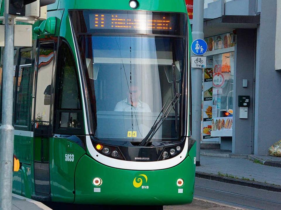 Tram 8 in Friedlingen  | Foto: Hannes Lauber