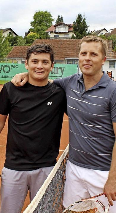 Ein klasse Tennisspiel zeigten Marco Koliska (links) und Lars Boll.  | Foto: Norbert Kriegl
