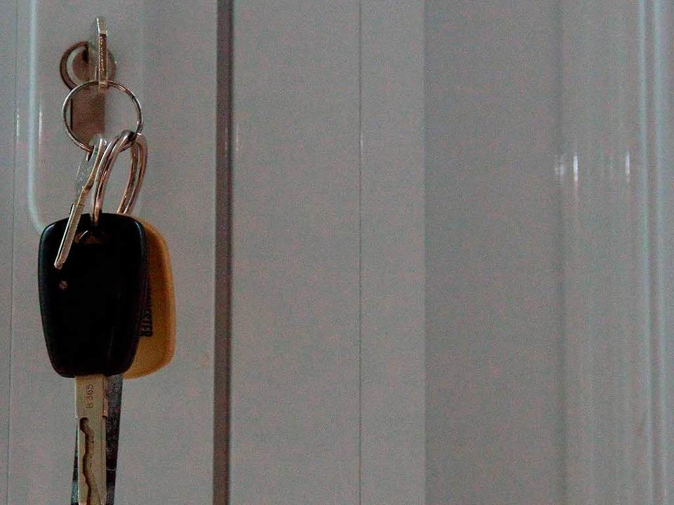 schl sseldienst berechnet 800 euro polizei ermittelt wegen abzocke eichstetten badische. Black Bedroom Furniture Sets. Home Design Ideas