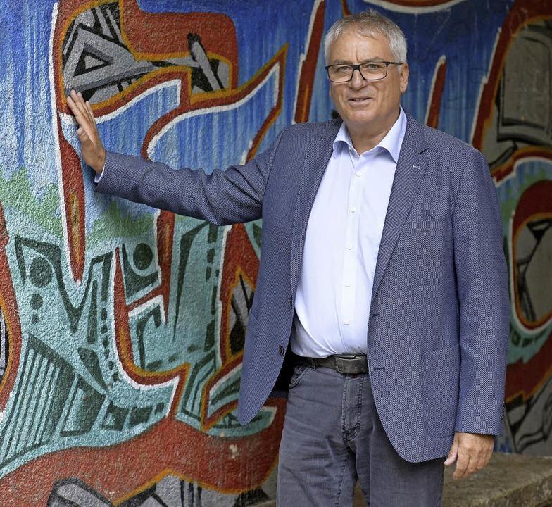 Der 58-jährige Eberhard Fritz möchte das Team seiner Schule unterstützen.   | Foto: Ingo Schneider