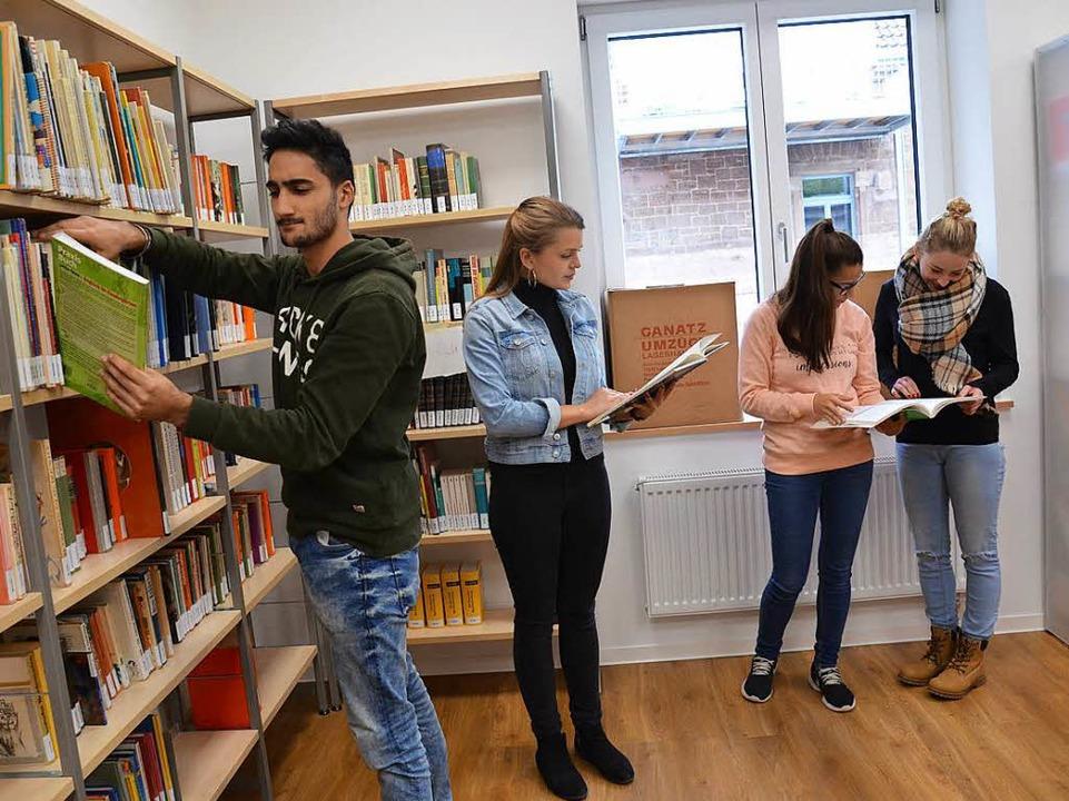 Die Erzieherinnenschule in Lahr hat eine Bibliothek.  | Foto: Karl Kovacs