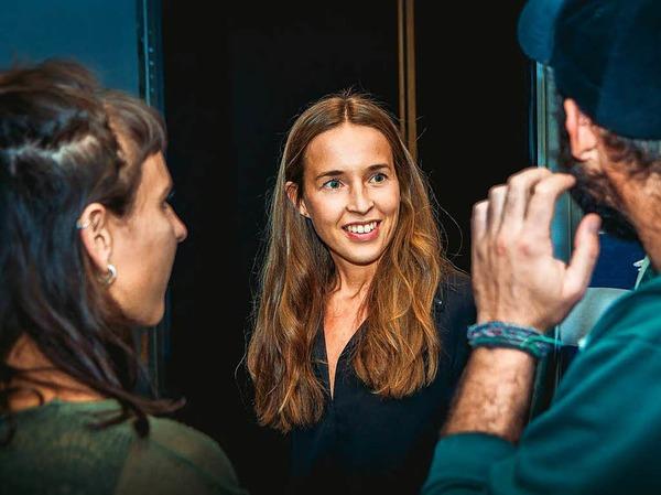 fudder-Redakteurin Gina Kutkat mit den beiden Weltreisenden