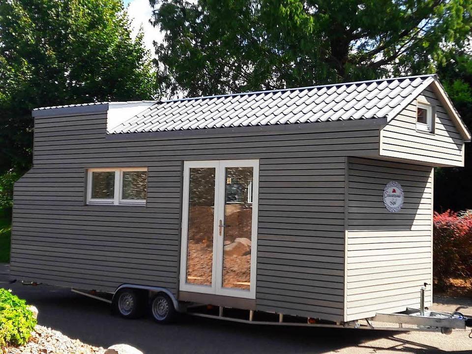 Das erste Tiny House aus dem Markgräfl...er Wiedemann in Neuenburg entstanden.   | Foto: Zimmerei