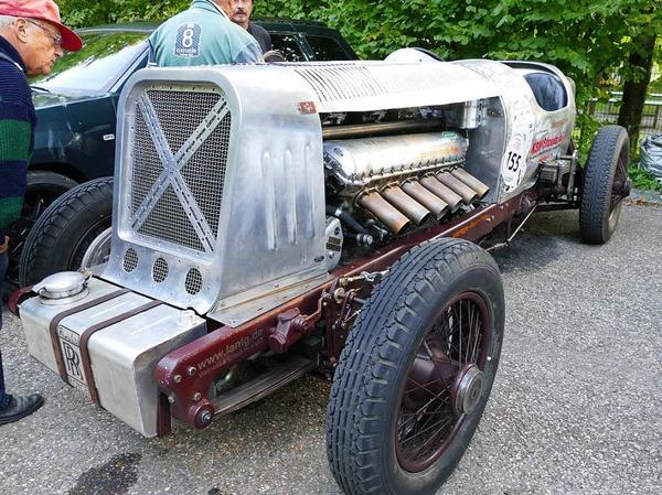 """Liebevoll """"Das Monster"""" genannt: Ein Gaggenau Rolls Typ 27 mit 800 PS-Flugzeugmotor von Rolls Royce."""