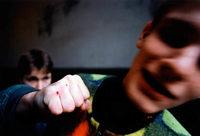 Betrunkener schlägt Jugendlichem ins Gesicht