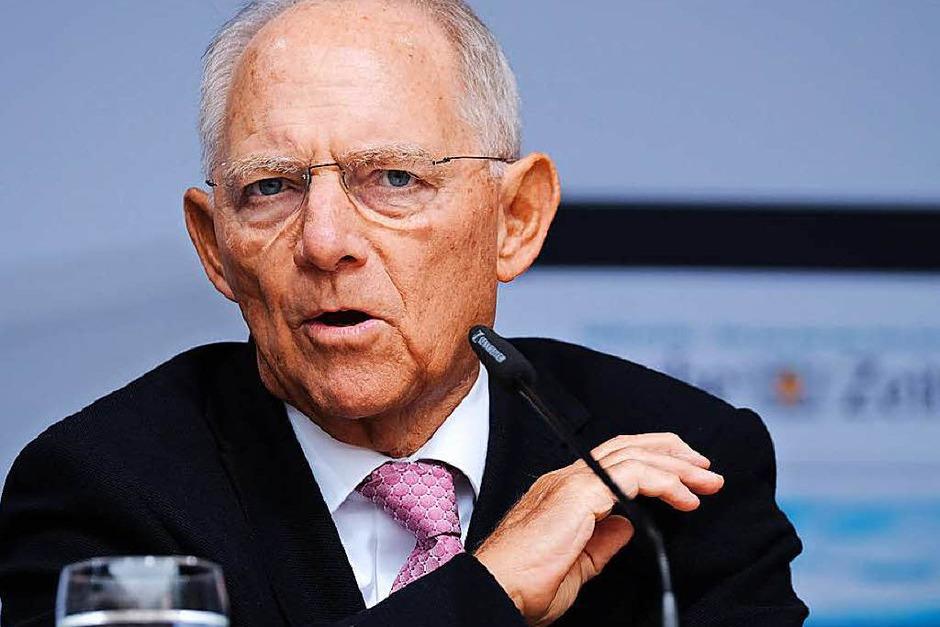 Wolfgang Schäuble (CDU ) hat mit 48,1 Prozent (-8,0  Prozent) das Direktmandat im Wahlkreis Offenburg gewonnen. Elvira Drobinski-Weiß (SPD) schafft es diesmal nicht über die Landesliste. (Foto: Miroslav Dakov)