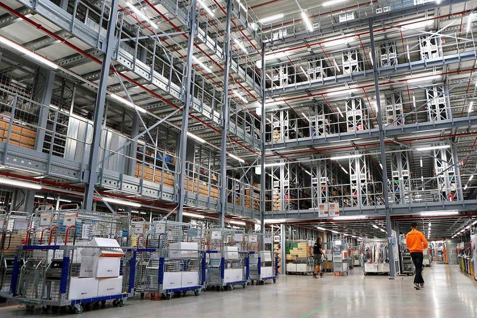 Zalando in Lahr: Bilder vom Tag der offiziellen Eröffnung des neuen Logistikzentrums. (Foto: Christoph Breithaupt)