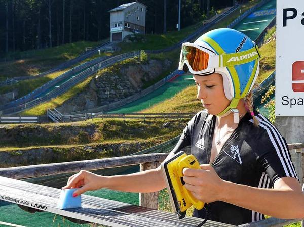 Melanie Faißt wurde im badischen Titisee-Neustadt geboren, gewann die Deutsche Meisterschaft im Einzel, landete mit Telemark in dem einen  oder anderen Männerherz.