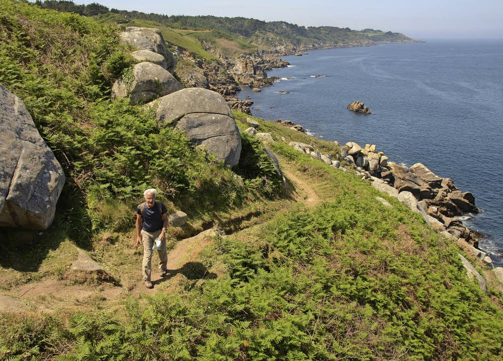 Immer an der Küste entlang: 1700 Kilom...bei Crozon (kleines Bild oben) vorbei.    Foto: Franz Lerchenmüller
