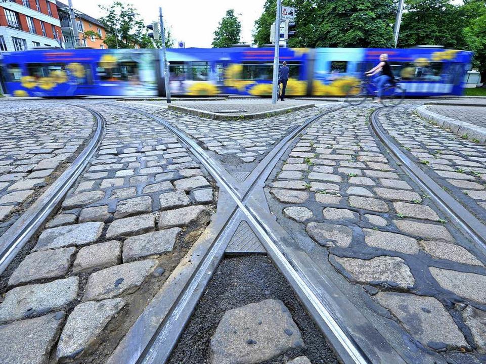 Auf dem Weg zu Einsparungen: die Freiburger Verkehrs-AG   | Foto: Michael Bamberger