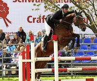 Maximilian Benz dominiert die Ortenauer Ringmeisterschaft