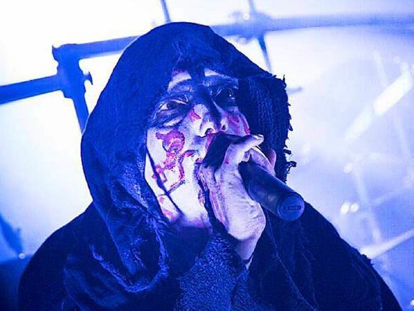 Nach 33-jähriger Bandgeschichte machten Mayhem, Urgesteine des skandinavischen Black Metal, Halt in Colmar und spielten ihr gesamtes erstes Album. Inferno und Dragged into Sunlight eröffneten den Abend.