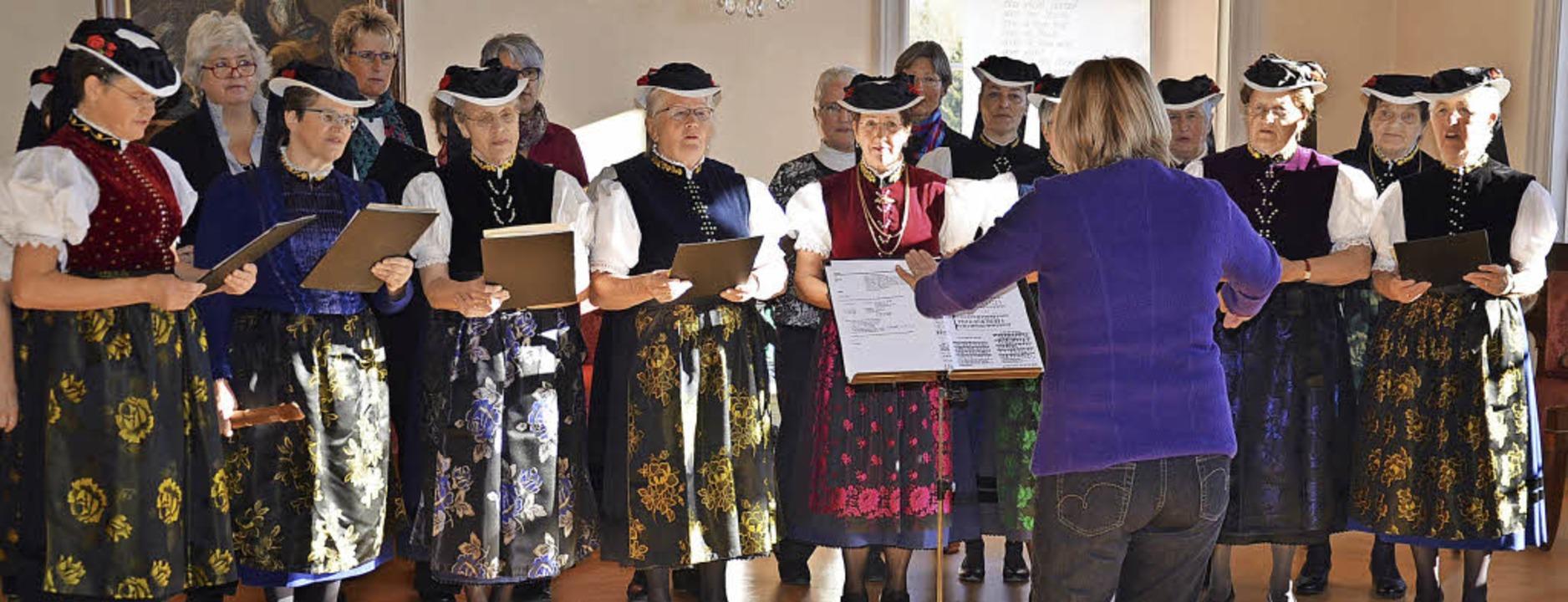 Das Chörle bei einem Auftritt im Fürstensaal   | Foto: Alexandra Wehrle