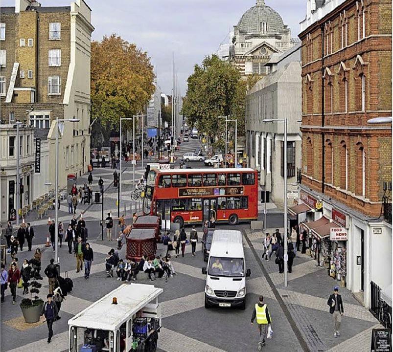 An diesem Beispiel aus London wird klar, wie ein Shared Space aussehen kann.     Foto: Topp