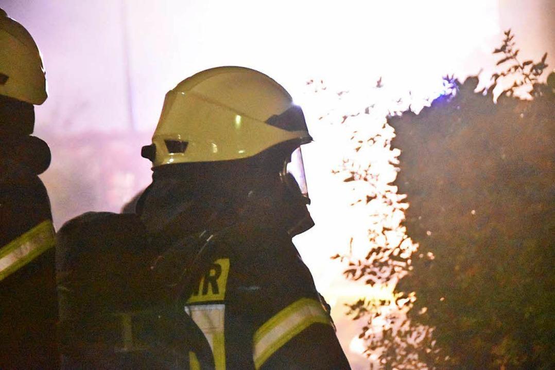 Die Feuerwehrleute hatten in den verwi...fen, teilte der Kreisbrandmeister mit.  | Foto: Max Schuler