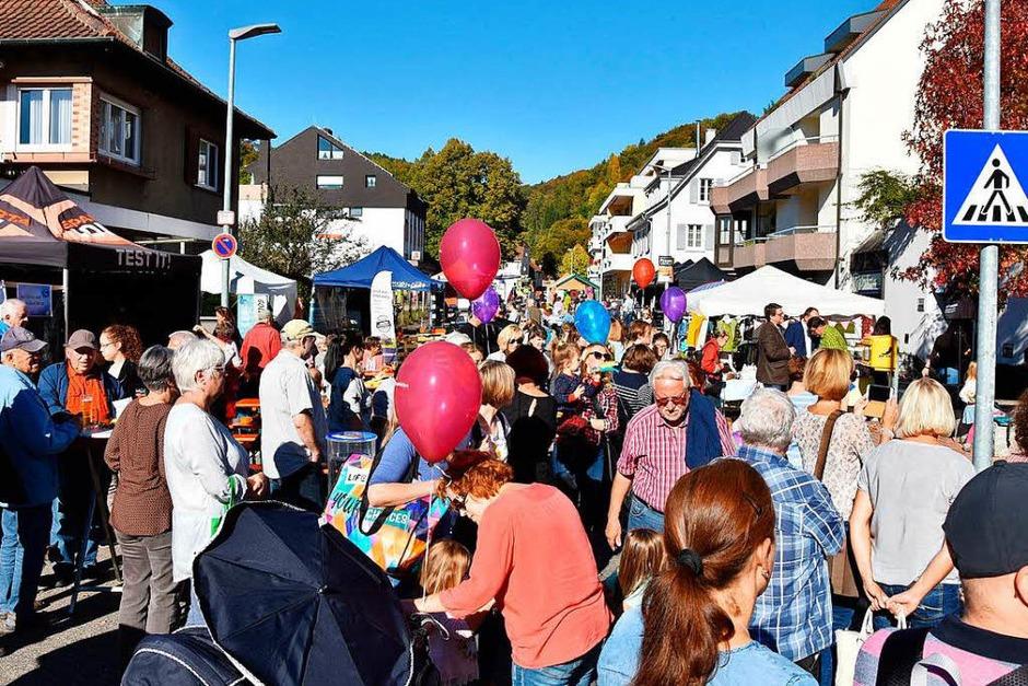 Eindrücke vom Erlebniseinkauf in der Gartenstraße (Foto: Heinz u. Monika Vollmar)