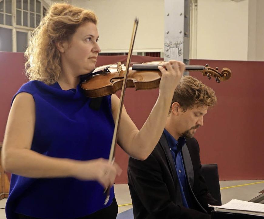 Gwendolyn Masin und  Simon Bucher   | Foto: Frey