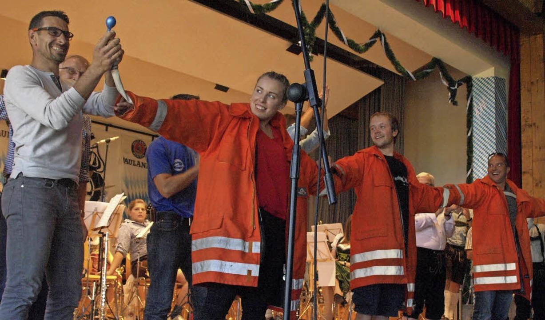 Bombige Stimmung herrschte wieder einm...es Wettspiel mit den Feuerwehrfreunden  | Foto: Karin Stöckl-Steinebrunner