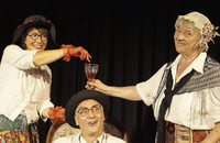 Arsen und Spitzenhäubchen imn Theater Dürr