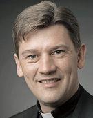 Clemens Blattert SJ hält am Sonntag Dahrendorf-Lesung im Schlosses Bonndorf