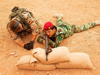 Von der Leyen verteidigt Hilfe für Kurden im Nordirak