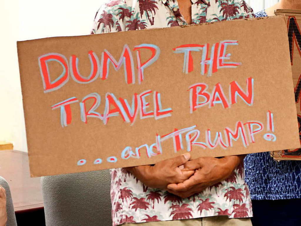 Richter blockiert Trumps jüngste Einreisebeschränkungen