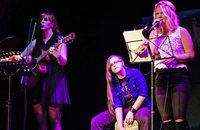 Coverversionen deutscher und englischer Songs im Café Verkehrt in Murg-Oberhof