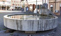 Trostloser Rathausplatz soll belebt werden